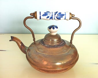 Brass and Copper Tea Kettle with Holland Delft Handle and Knob/Vintage Brass Tea Kettle/Brass Tea Pot with Ceramic Delft Handle/Tea Kettle