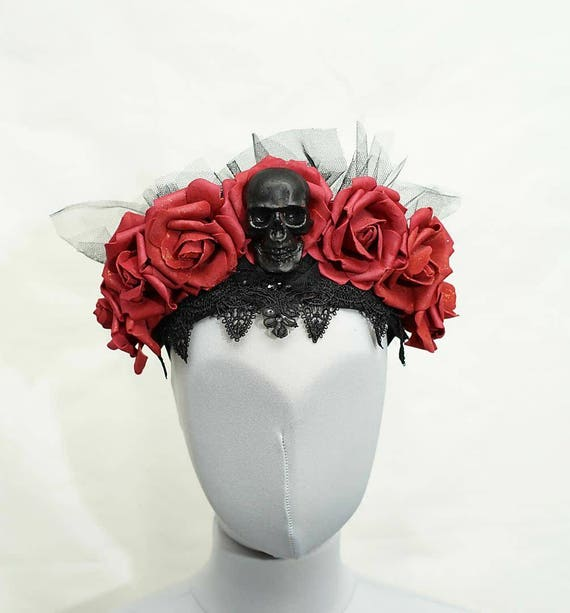 Gothic skull roses red headpiece / resin skull red rose headpiece