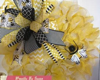 summer bee deco mesh wreath