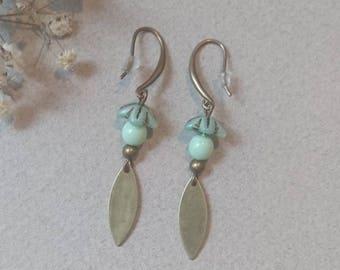 Baby green and bronze Czech glass beads earrings