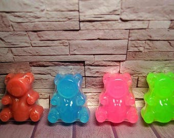 Soap favors Fun soap Decorative soaps Soap favor Teddy bear soap Gift for bear lover Creative soap Heart soap Bear soap New mom gift Soaps