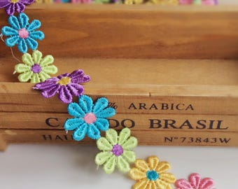 Beautiful multi colored daisy flower trim/daisy ribbon/daisy ribbon/ flower sewing on clothes