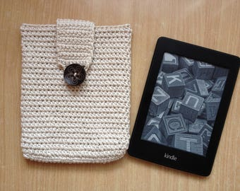 Crochet e-reader cover/tablet case/kindle accessories/e-reader case/Father's day gift/e-book cover/handmade gift/gif for him/gift for her