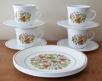 """Vintage Corelle Indian Summer~12 Piece Set (4) 10 1/4"""" dinner plates and Cups & Saucers~Corning Ware white with green and orange flowers"""