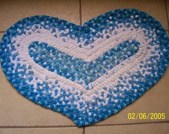 Turquoise-white Heart Shaped Rug