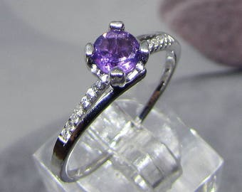 Silver ring and round Amethyst (purple Quartz) size 54