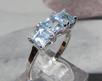 Sterling Silver ring 925 adorned with Blue Topaz size 58