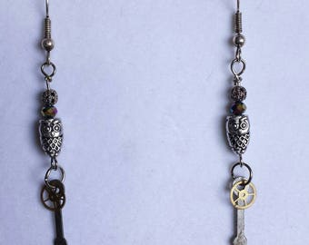 Steampunk earrings with owls, gears and clock hands