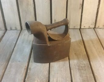 Antique Charcoal Iron, Antique Sad Iron, Primative Iron, Farmhouse Antique, Steel Iron, Metal Iron,  Doorstop, Old Irons