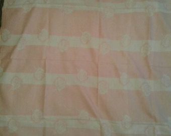 Free Shipping Anywhere!!! Vintage Mid Century Floral DamaskTablecloth