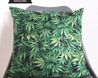 """Cushion cover """"Chill!"""""""