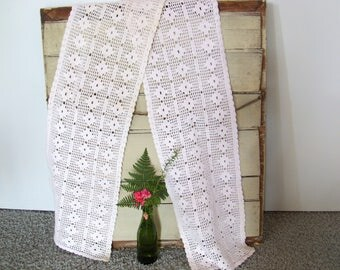 """Long crochet runner 6'x10"""". Diamond pattern. White with a pink tone. Vintage."""