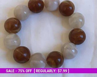 Vintage Bead Bracelet, Stretch Bracelet, Stretchy, Brown, White, Retro, Estate Jewelry
