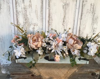 A Vintage White Primitive Distressed Wood Box Floral Arrangement, Spring Floral Arrangement, Summer Arrangement, FAAP, Wedding Decor