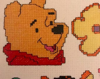 PRE-SUMMERSALE Leisure Arts Pooh Magnets For You in Plastic Canvas pattern book
