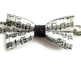 Music Notes - Boys Bow Tie - Bow Tie for Boys - Pre-tied Bow Tie - Black and White Bow Tie  - Musician - Symphony - Choir - Band