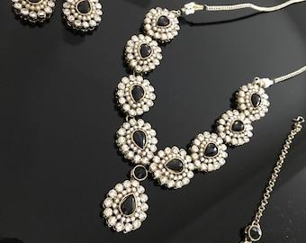 SALE   limited Supply   Kundan Necklace Set with Tikka   Indian hydrabadi Jewelry set   Indian Bridal Set - bollywood jewelry set -