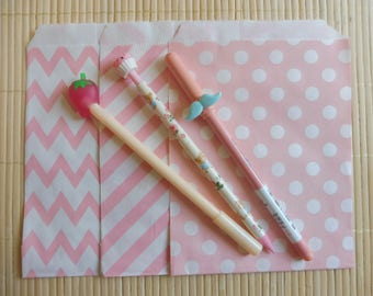 Paper bags 10 piece set Middy Bitty Chevron pink in 3 models listed here