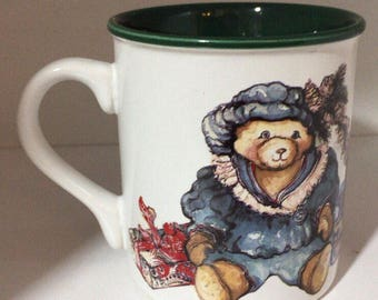 1992 Potpourri Press Victorian Bears 10 oz. Christmas Coffee Mug Cup
