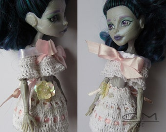 monster high doll outfit made by granny N2