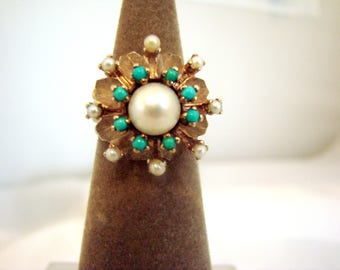 Lovely Pearl and Turquoise Ring in 10 Karat Yellow Gold