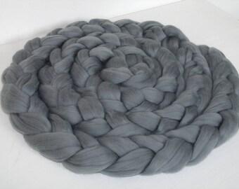 Shooting sessions and baby child 2.5 m grey Merino Wool braid