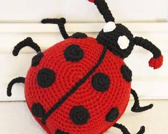Ladybug crochet blanket