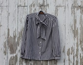 Long sleeve button up tie neck blouse, menswear style blouse, 1940s, made in USA, medium/large, grey and white vertical stripes