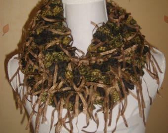 Fancy bronze Brown scarf