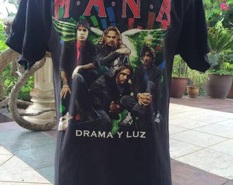 Mana world tour 2011