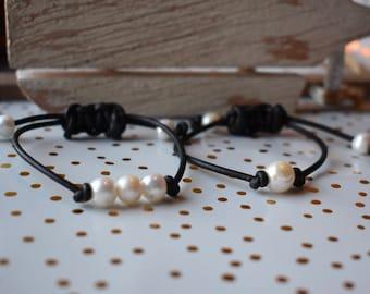 PEARL LEATHER BRACELET; Pearl bracelet; leather bracelet; black leather bracelet; single pearl bracelet; real pearl bracelet