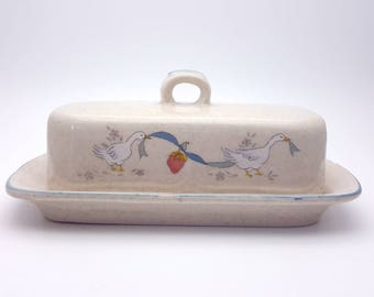 Classic Duck Vintage Butter Dish Glazed Ceramic Stoneware Marmalade International Made in Taiwan tray covered cover Breakfast Dish