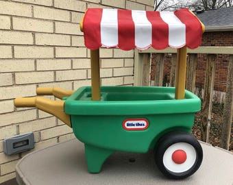 Vintage Little Tikes Green Wheelbarrow Garden Cart Excellent Condition