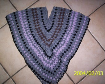 Crochet girl poncho shawl wool gray/pink/black V neck, and ruching on the front 4/5 years