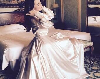 WEDDING DRESS NUDE/silk satin/long sleeve/bride/sposa/chanel look/veil/pink/nude/Hollywooddress/fullskirt/nordic/women/sposabella/danish