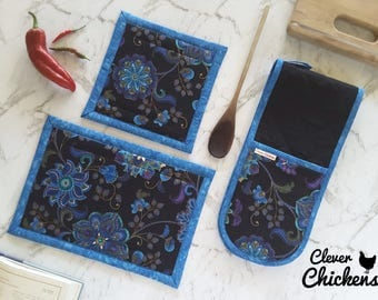 Kitchen Gift Set- Double Oven Gloves  / Oven Mitts and  Hot pads - Cook Gift, Blue Black Floral, Mother's Day Gift, Mum Gift, Christmas Gift