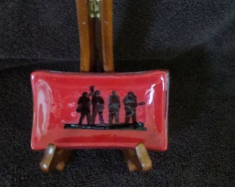 U2 Joshua Tree Dish/JT30 Tour/Red/Silohette