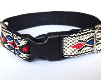 Dog collar: woven white, blue, black and red with Native American pattern