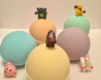 Suprise bath bombs / Mega bombs/ bath bombs/ natural barh bombs/ toy bath bombs/ kids bath bombs/ bath bomb/ organic bath bombs/ pokemon