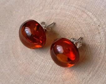Stud earrings.Baltic amber.Natural stone earrings.Gift.