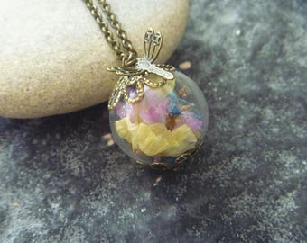 Necklace dried flowers: bubble glass