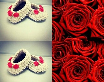Crochet Baby Shoes with Roses