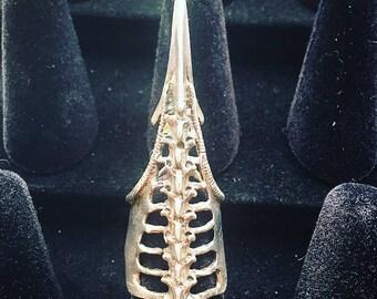 Silver Vampire Reptile Spine Fingertip Ring