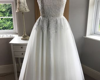 Fabulous Tea Length wedding dress
