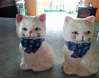 Vintage Kitty Salt and Pepper Shakers