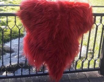 Sheepskin Rug. Red Icelandic Sheepskin. Natural Burgundy Island Lambskin Rug. Super Soft and Silky Long Hair. 140 cm long !