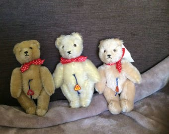 A trio of Clemens bears
