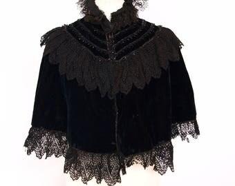 Antique Victorian 1800s velvet cape