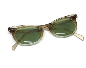 Cat Eye Glasses 1950s American Optical Size 5 1/2