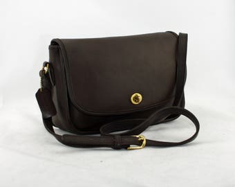 Vintage Coach City Bag Crossbody Messenger Style No 9790 in Mahogany Brown Glove-Tanned Leather